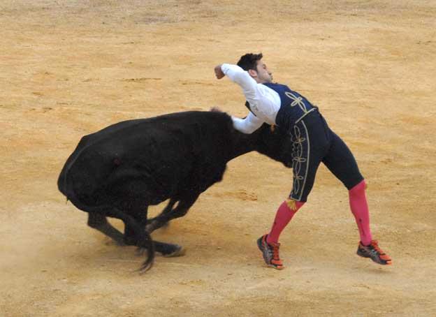 Arte y Emoción rubrica una actuación 'de ley' en Torres (Jaén)
